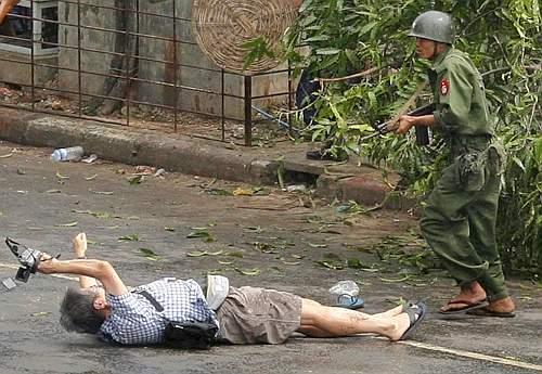 Fotoreporter giapponese ucciso in Birmania